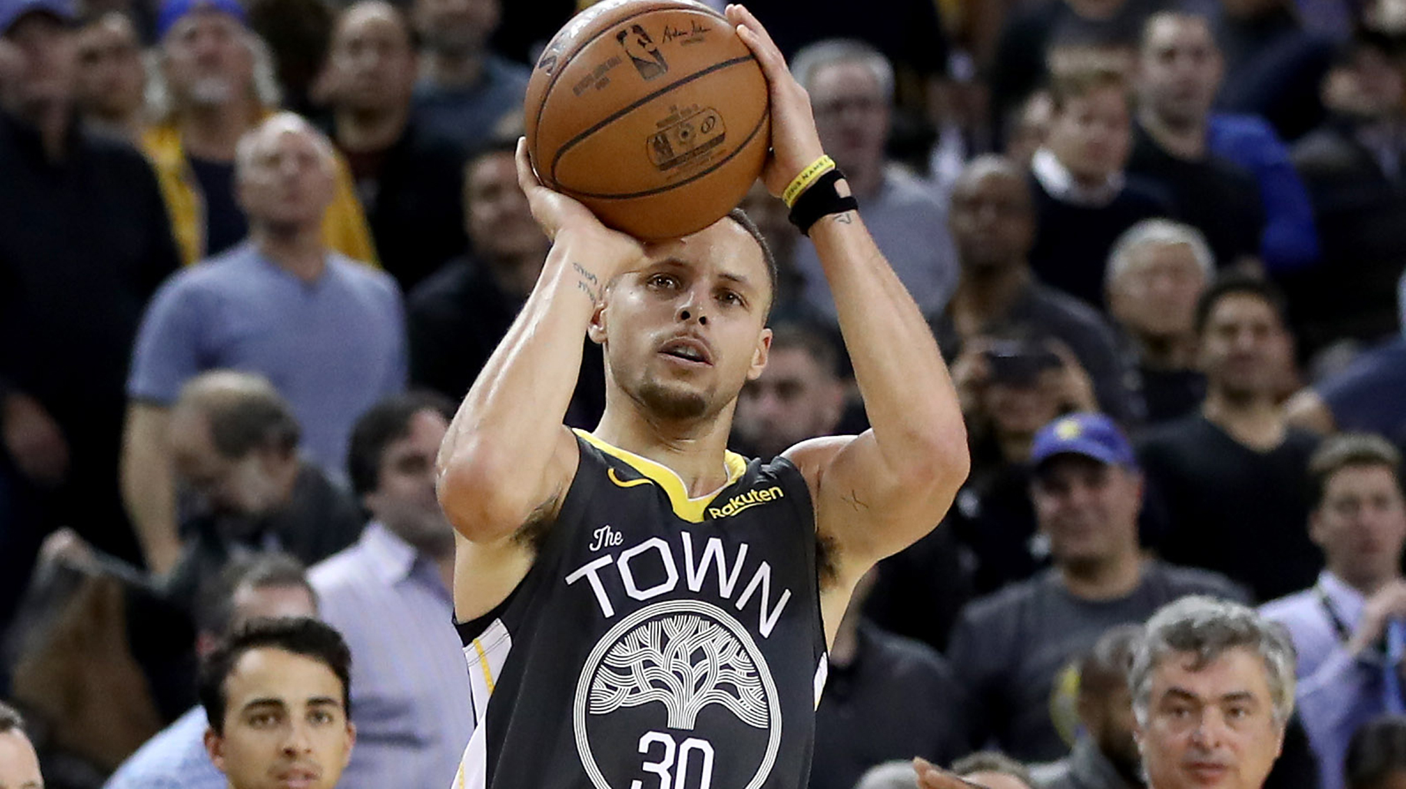 5416877749ae Basketball Daily Dose  Stephen Curry